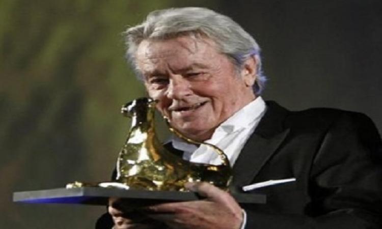 الممثل الفرنسى ديلون باع سيارته بـ 15 مليون يورو