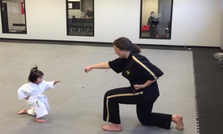 فيديو طفلة التايكوندو ذات الثلاث سنوات يجذب 3.5 مليون مشاهدة على اليوتيوب