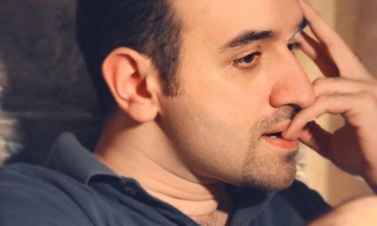 عمرو سلامة : متضامن مع ليليان داوود ..  أهو أى هرى والسلام