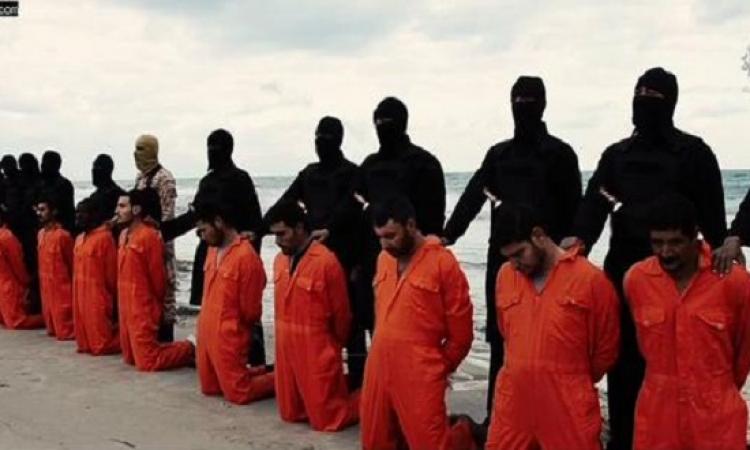 داعش ينشر فيديو قتل الـ 21  مصريًا المختطفين فى ليبيا