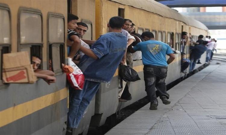 السجن المشدد 15 عاما لـ 26 متهما من الإخوان فى اقتحام محطة سكك حديد قنا