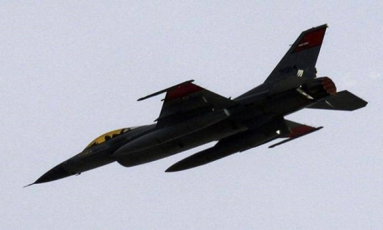 """قائد سلاح الجو الليبى: الضربات الجوية المصرية ضد """"داعش"""" مستمرة"""