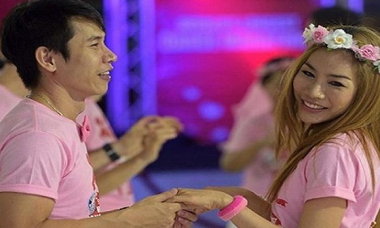 الرقص 35 ساعة للاحتفال بعيد الحب فى تايلاند