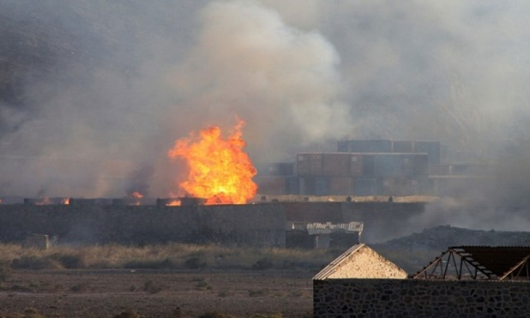 القصف الأعنف منذ بدأ التحالف العربى عملياته على قاعدة العند باليمن