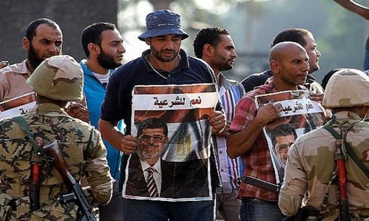 السجن 3 سنوات وغرامة 20 ألف جنيه لـ 10 متهمين من الإخوان المسلمين