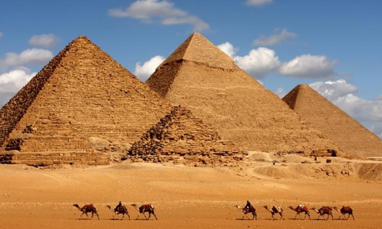 تعرف على علاقة علم الفلك بكيفية بناء الأهرامات ؟