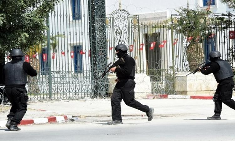 8 قتلى فى هجوم قرب البرلمان التونسى واحتجاز رهائن بمتحف باردو