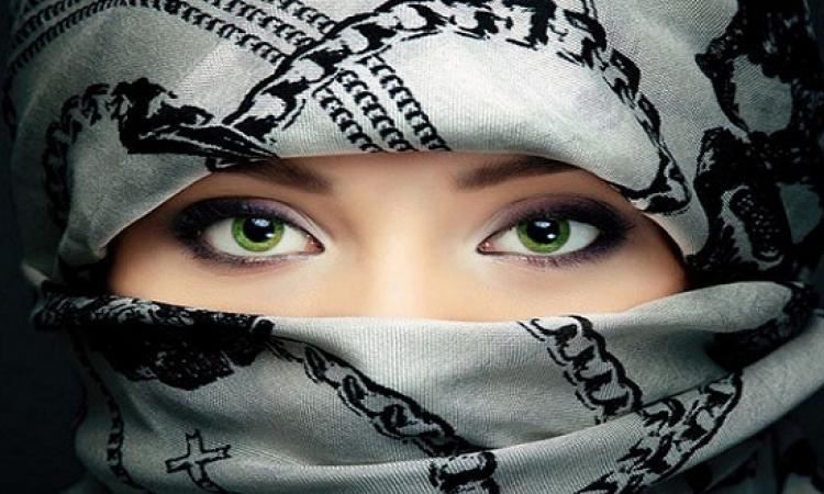 فتاة سعودية تضرب بالتقاليد عرض الحائط وتخبر أهلها: هتجوز هندى؟