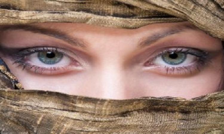 عارضة أزياء وابنة مليونير فلسطينى تنافس جميلات العرب ودون مكياج