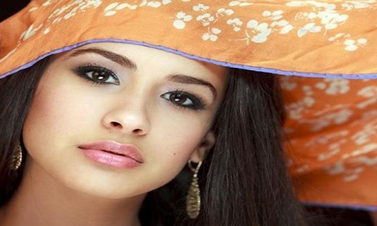 قناع فعال لعلاج تلف الشعر للمحجبات