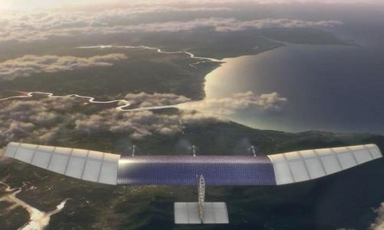 """فيسبوك ينجح في اول تجربة لطائرات """"الإنترنت"""""""