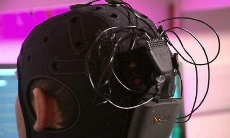 الكهرباء لتحفيز الخلايا العصبية فى الدماغ