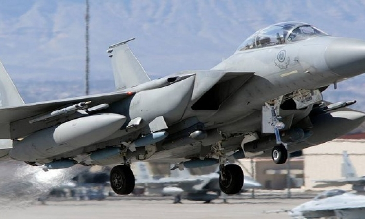 إنقاذ طيارين سعوديين أصيبت طائرتهما خلال عملية عاصفة الحزم