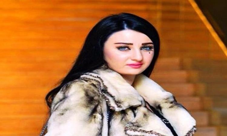 جنح العجوزة تواصل اليوم محاكمة الراقصة صافيناز بتهمة إهانة علم مصر