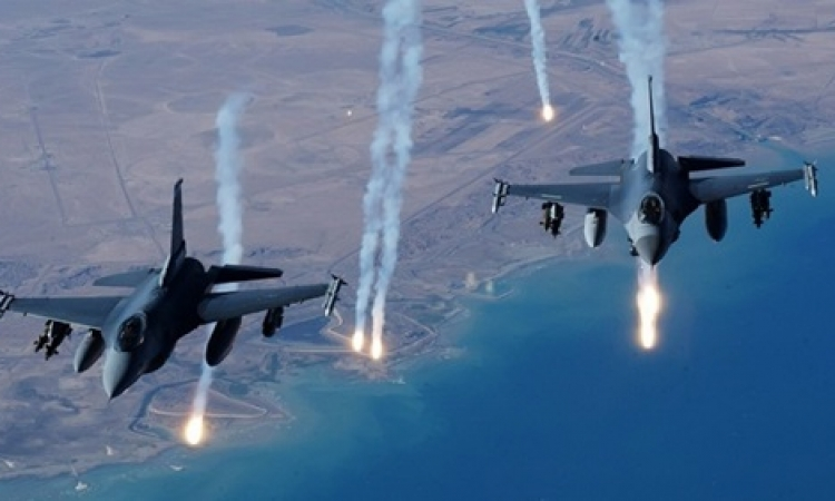 غارة جوية لـ «التحالف الدولى» على «داعش» في سوريا