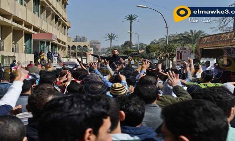 بالصور .. مظاهرات طلاب الإخوان أمام جامعة القاهرة والاشتباك مع الأمن الادارى