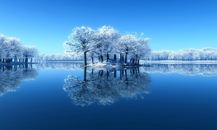 بالصور .. الطبيعة الزرقاء .. ومفرداتها الساحرة