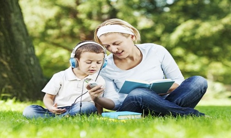 تطبيقات لتنشيط عقل طفلك وبصره