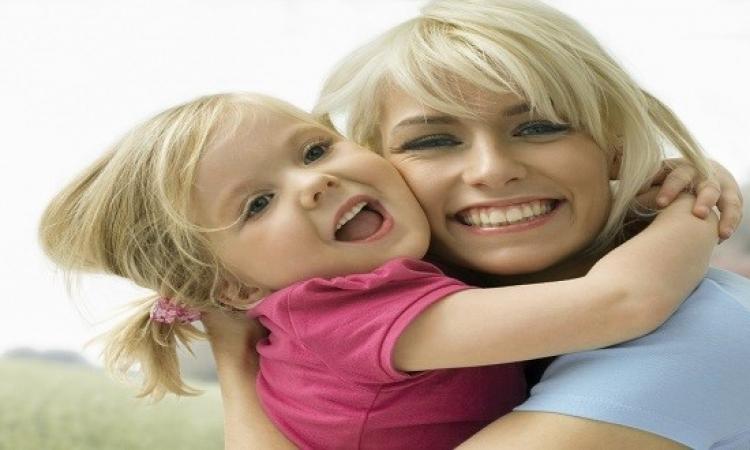 كيف تصبحين أفضل صديقة لابنتك؟