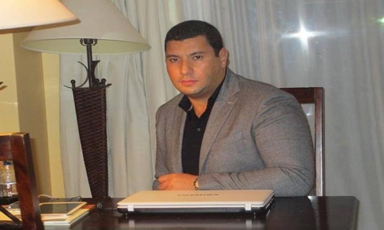 إسلام بحيرى يعلن وقف برنامجه : اللى جاى أسود من أى تصور !!