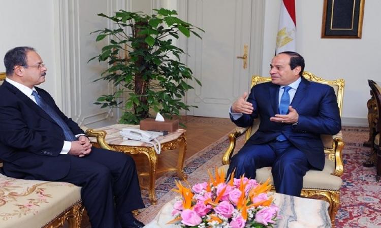 السيسى يستعرض الأوضاع الأمنية مع وزير الداخلية ورئيس المخابرات