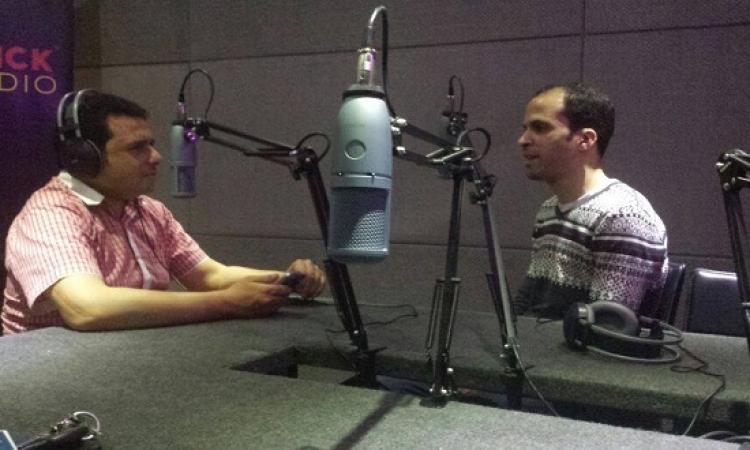 الشاعر محمود عبد الله ضيف الاختيار على راديو كليك بعد غد الخميس