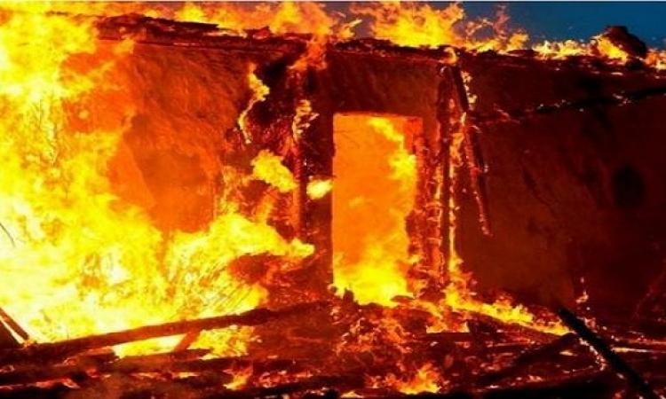 حريق هائل في مصنع للإسفنج بطريق الروبيكي