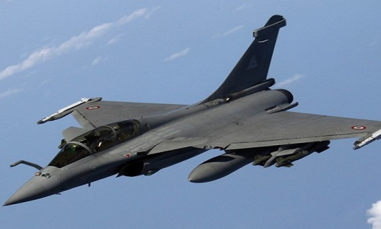 الهند تشترى 36 طائرة رافال من فرنسا