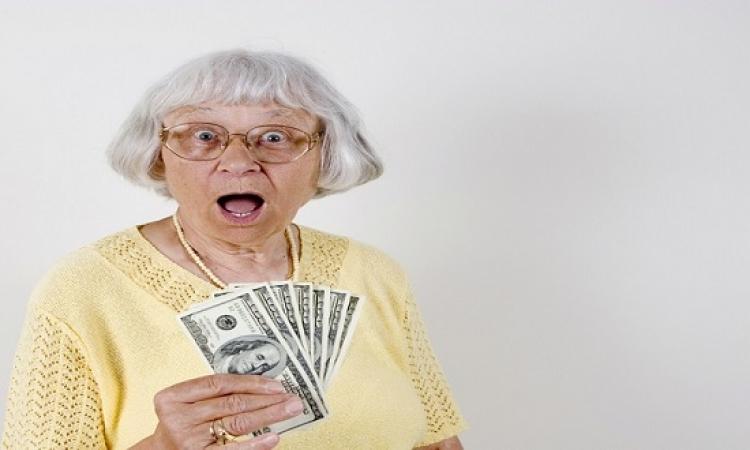 مليونير يهدى مليون دولار لمن يصل عمره 123 سنة