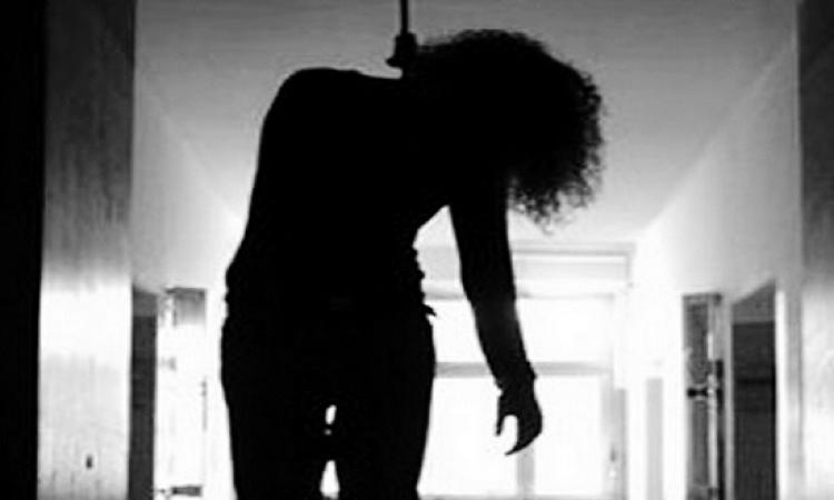 الموقع نيوز ينفرد .. مقتل سيدة شنقًا بالمقطم.. والجانى يحدث أهلها هاتفيا