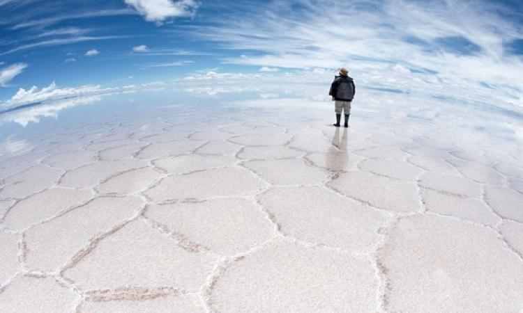 تعرف على صحراء الملح البوليفية الساحرة .. وجمالها المذهل