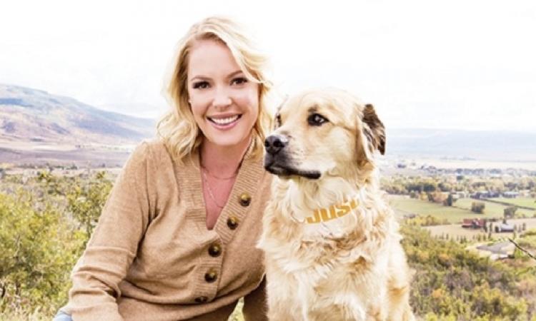 كاثرين هيجل: أنا وكلبى شبه بعض .. هو كلبك حلو قوى كده!!