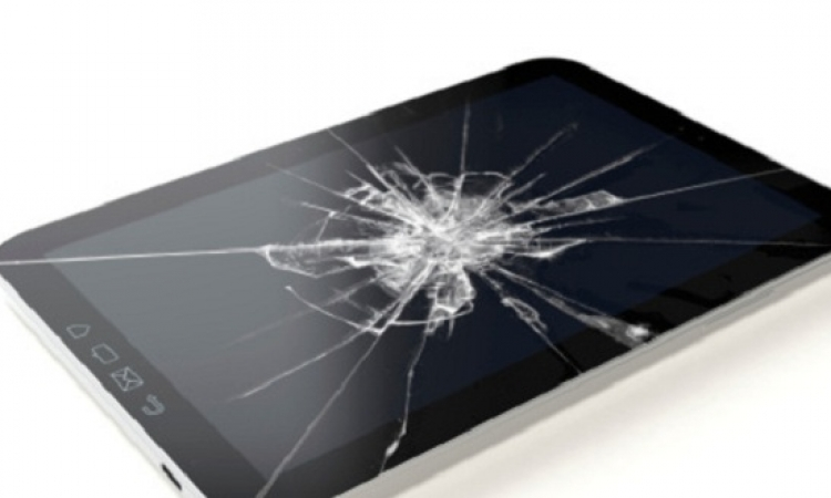 تعلمى طريقة لإزالة الخدوش من هاتفك المحمول والتابلت