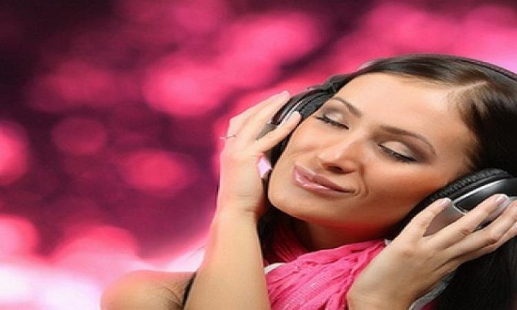 اسمع موسيقى تاكل أكل حلو .. النغمات تضيف نكهات مميزة على الأطعمة والمشروبات