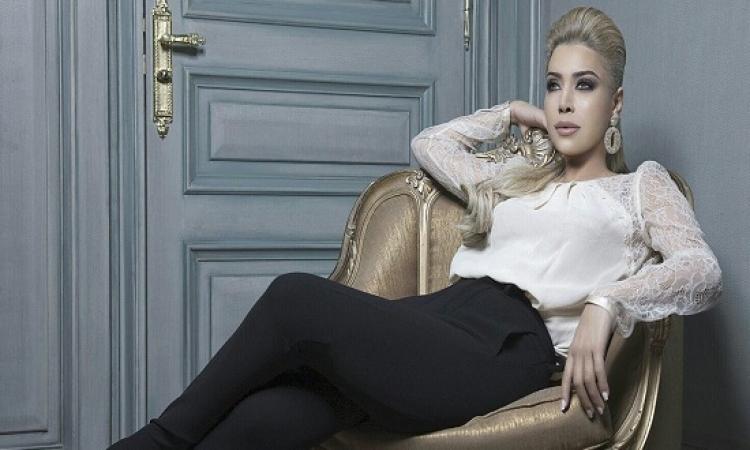 """نوال الزغبى تغازل متسابق مذيع العرب: """"وينك ياممدوح مش معقول"""".. يا بختك ياعم"""