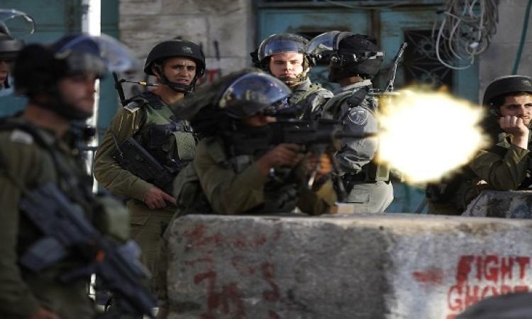 استشهاد فلسطينى واصابة أخرون  بالرصاص الاسرائيلى