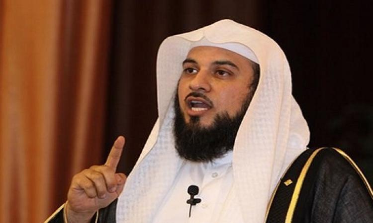 بالفيديو .. الشيخ محمد العريفى يطلق الصواريخ على الحوثيين