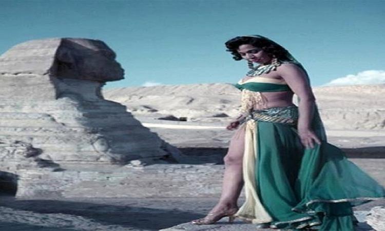 بدلة الرقص صنعة وحرفنة.. تخليك تعرف تاريخ الرقص الشرقى