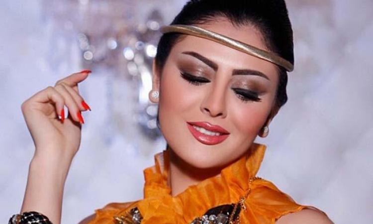 مريم حسين تثير غيرة جمهورها بحضن لصديقها