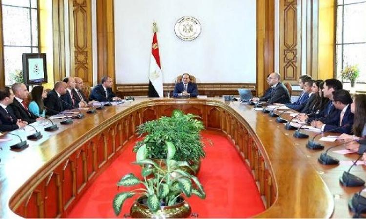 السيسى: الدولة تنتهج سياسة جذب التمويل لتنفيذ المشروعات الاستثمارية