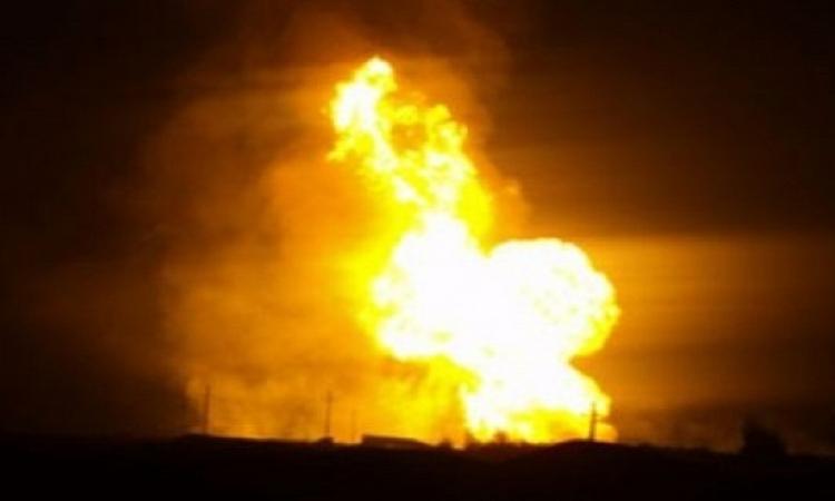 بالفيديو .. تفجير خط الغاز الطبيعى غرب مدينة العريش