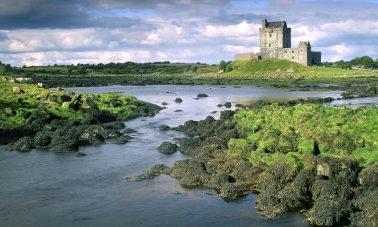 ايرلندا .. عندما يختلط عبق التاريخ بسحر الطبيعة