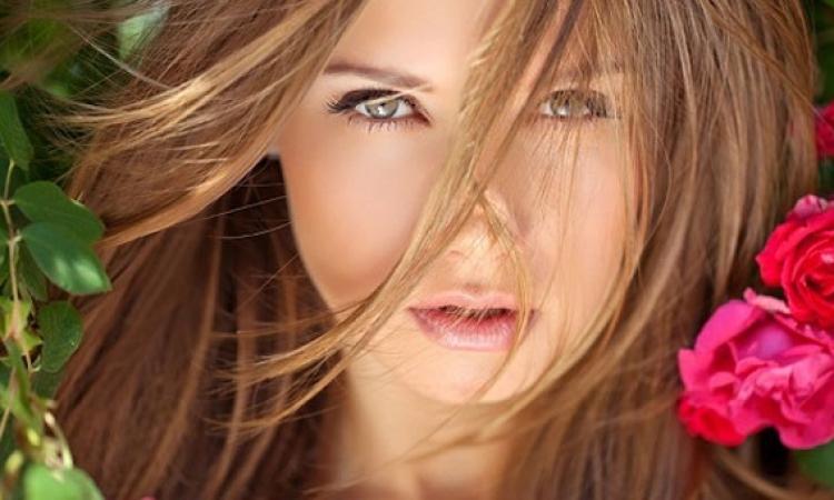 عطرى شعرك باستخدام بودرة الأطفال