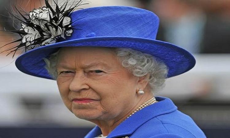تعرف على شبيهة الملكة إليزابيث