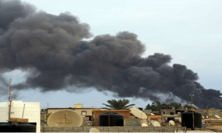 مقتل 8 بينهم 7 أطفال في ضربة صاروخية بمدينة بنغازي