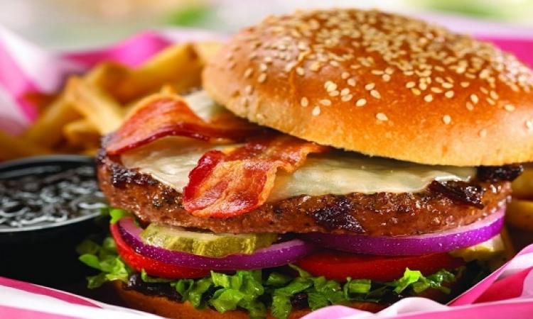 الأطعمة الجاهزة تقتل البكتيريا الحارقة للدهون