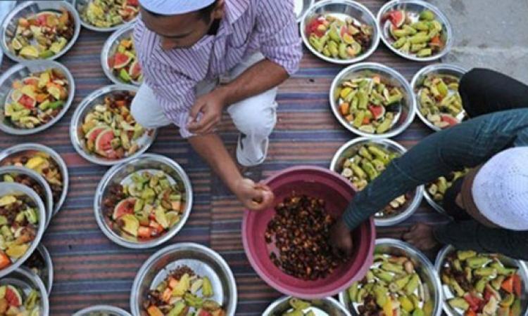 بالفيديو.. طريقة جديدة لتوزيع الوجبات على الفقراء فى سان فرانسيسكو.. الأكل بيروحلهم طيران!!
