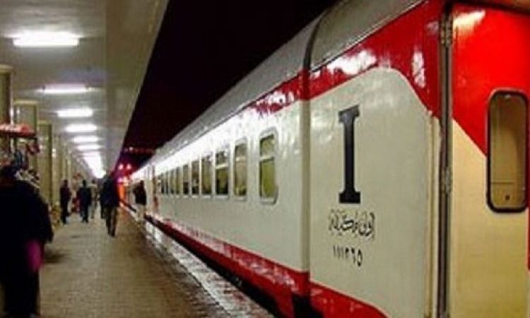 حركة قطارات القاهرة البحيرة عادت وتم التحفظ على القطار المتسبب فى الحادث