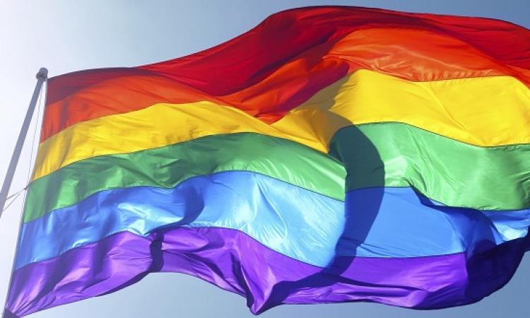 جدل بشأن حماية حقوق مقاتلى داعش المثليين !!