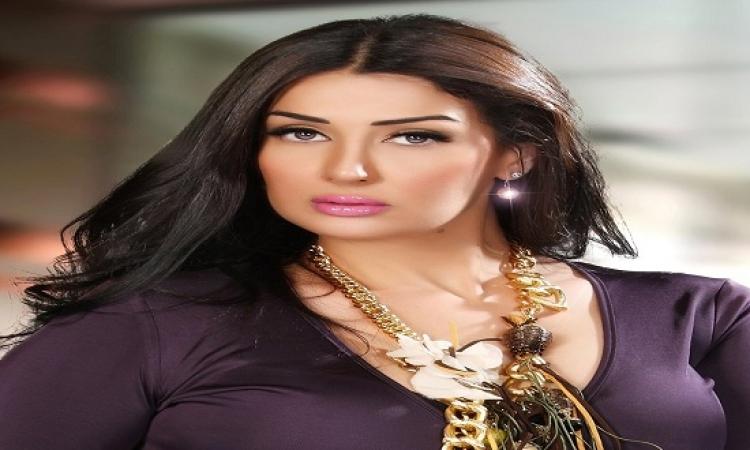 نهى عابدين تعلق على عملها مع غادة عبد الرازق فى الكابوس ب..